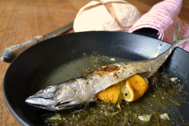скумбрия в духовке рецепт с фото