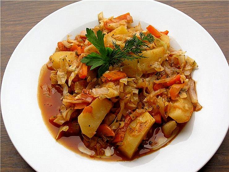 тушеная картошка рецепт с фото
