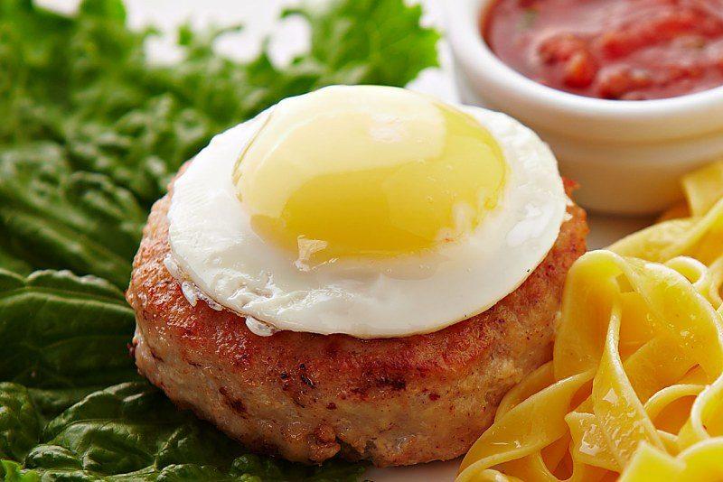 бифштекс с яйцом рецепты