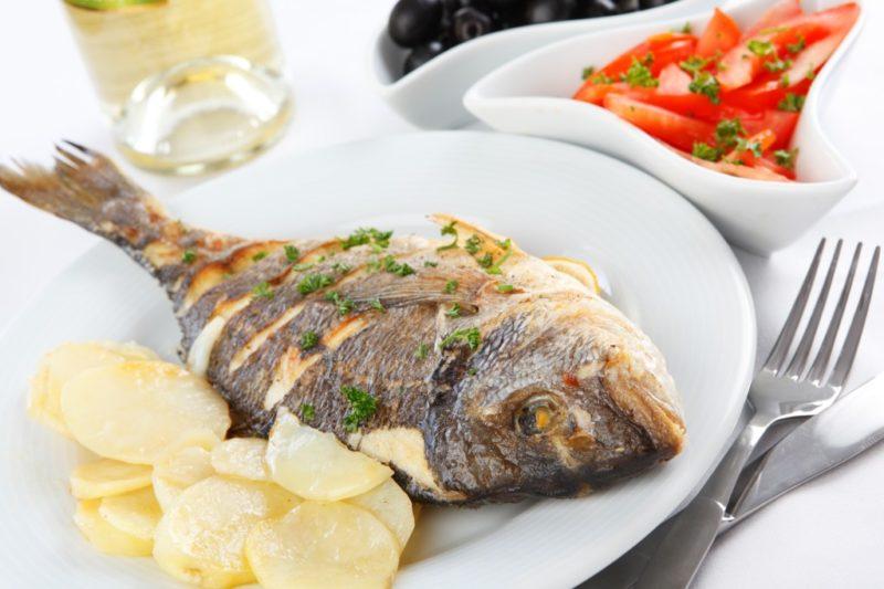 как готовить запеченную рыбу