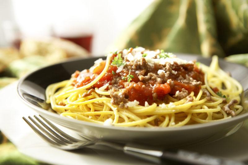 как сделать спагетти с соусом